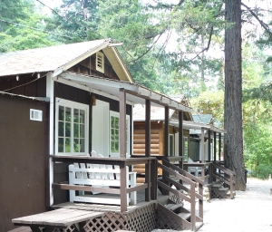 Rogue River Lodging
