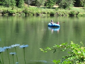 Rogue River Raft Rentals Inlatable Kayaks Yahoos